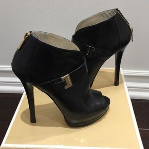 Michael Kors Guiliana peep toe bootie